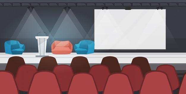 Leeg niemand conferentiezaal met meubilair