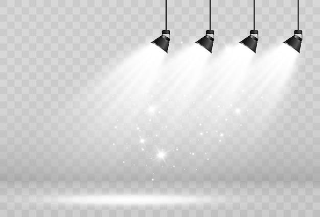 Leeg podium met schijnwerpers verlichtingsapparaten op een transparante achtergrond