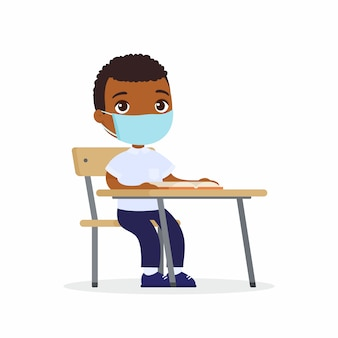 Leerling bij les met beschermend masker op zijn geplaatste gezichts vlakke vectorillustraties. schooljongen met donkere huid zit in een schoolklas aan haar bureau. virus bescherming concept.