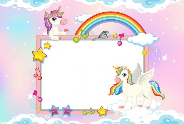 Lege banner met schattige eenhoorn in de pastel hemelachtergrond