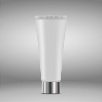 Lege en schone tubes voor gel, verzorgingscrème of essence.