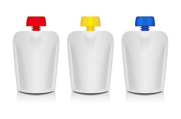 Lege flexibele zakken met gekleurde deksels voor het verpakken van eten of drinken, babypuree, yoghurt, ketchup, mayonaise