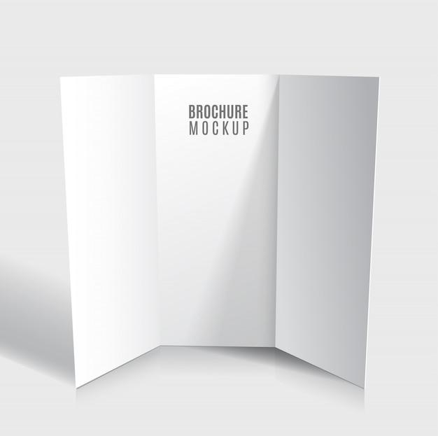 Lege gevouwen brochure ontwerp geïsoleerd.
