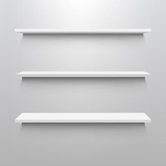 Lege planken voor tentoonstelling