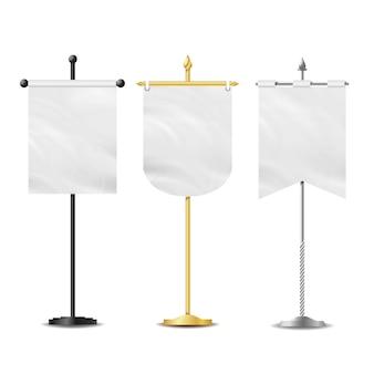 Lege witte vlaggen zak tafel