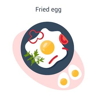 Lekkere gebakken eieren met papper en peterselie als ontbijt