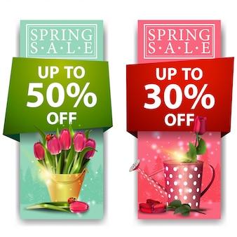 Lente verkoop banners met roos boeket van tulpen