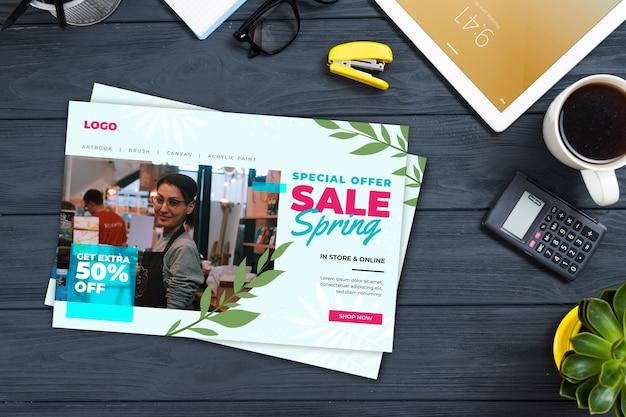 Lente verkoop flyer mock-up met foto