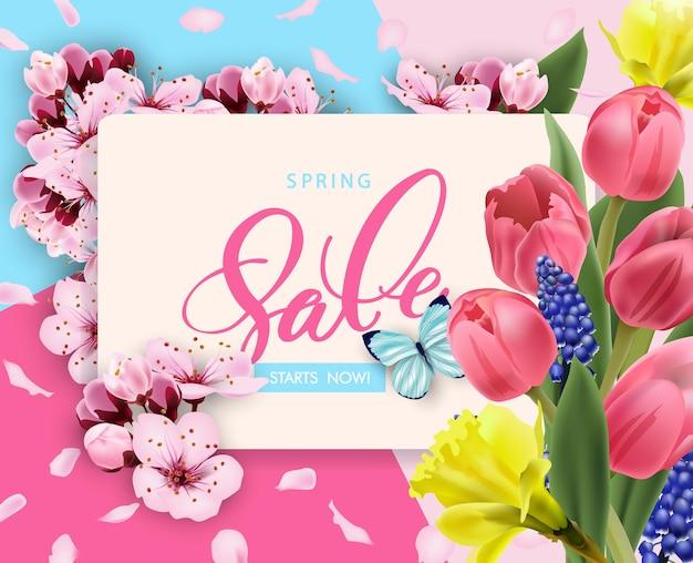 Lente verkoop vector banner ontwerp met bloemen cherry en frame. lente verkoop met kersenbloesem achtergrond.