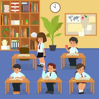Les op school. schoolkinderen in de klas op les.