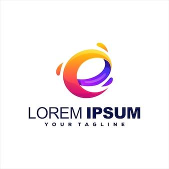 Letter e gradiënt logo ontwerp