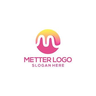 Letter m logo ontwerp voor sjabloon