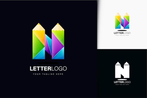 Letter n en potloodlogo-ontwerp met verloop