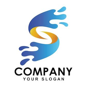 Letter s-logo met een vorm van waterverstuivingen