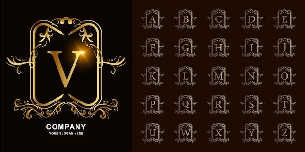 Letter v of collectie eerste alfabet met luxe sieraad bloemen frame gouden logo sjabloon.
