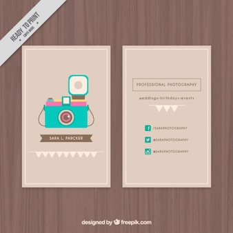 Leuk adreskaartje met een geïllustreerde camera
