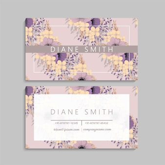 Leuk bloemenadreskaartje met violette bloemen