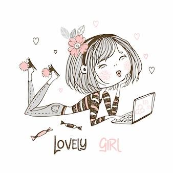 Leuk meisje in jeans met laptop