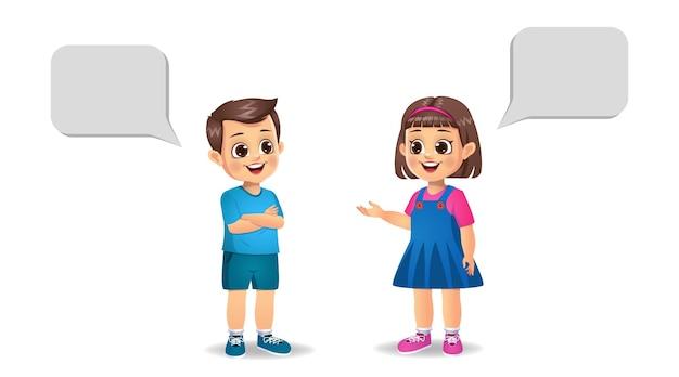 Leuk meisje jongen en jongen jongen met elkaar praten