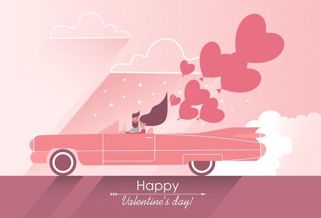 Leuk paar in liefde op een roze auto met hartvormige ballonnen