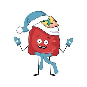 Leuk rood taskarakter met nieuwjaarsgeschenken met vrolijke emoties, glimlachgezicht, gelukkige ogen, armen en benen. gelukkig vakantiesymbool in een rode kerstmuts, sjaal en wanten