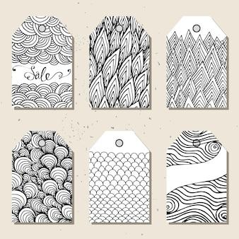Leuke cadeaulabels. set hand getrokken leuke creatieve kaarten met hand getrokken patroon.