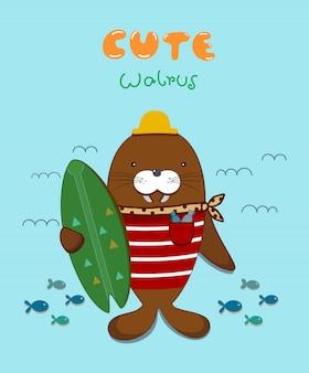 Leuke cartoon walrus en surfbord, golf en vis.