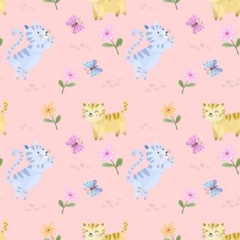 Leuke cartoonkat in bloementuin met vlinder naadloos patroon.