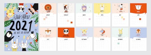Leuke kalender 2021. jaarlijkse planner kalender met alle maanden. goede organisator en planning. leuke vakantie illustratie met grappige dieren.