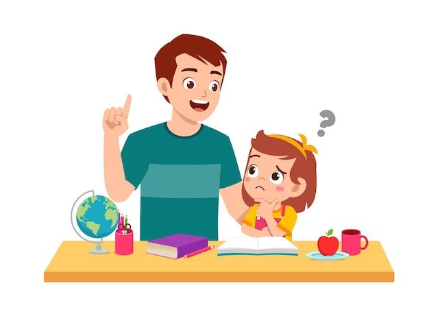Leuke kleine meisjesstudie met vader samen thuis