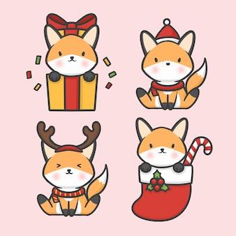 Leuke vos vastgestelde kerstmis getrokken beeldverhaalvector van het kostuumkerstmis