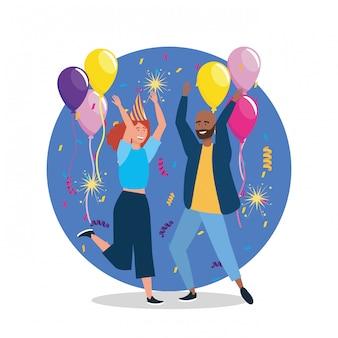 Leuke vrouw en man die met confettiendecoratie dansen
