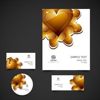 Liefde briefpapier met gouden hartjes