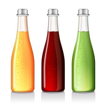Limonade, alcoholische drank, sap in een glazen fles mock up.