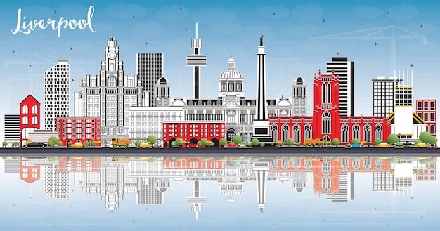 Liverpool skyline met kleur gebouwen, blauwe lucht en reflecties. vectorillustratie. zakelijk reizen en toerisme concept met historische architectuur. liverpool stadsgezicht met monumenten.