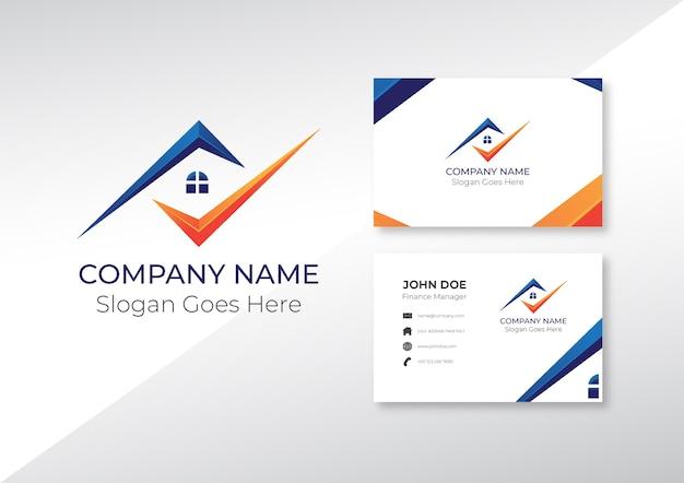 Logo huis en onroerend goed met visitekaartje ontwerp