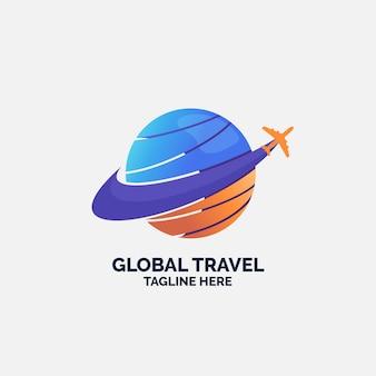 Logo sjabloon met vliegtuig en globe reizen
