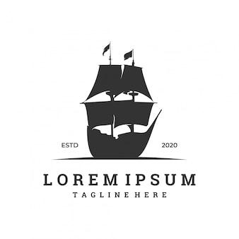 Logo voor zeilbootbedrijf met silhouet