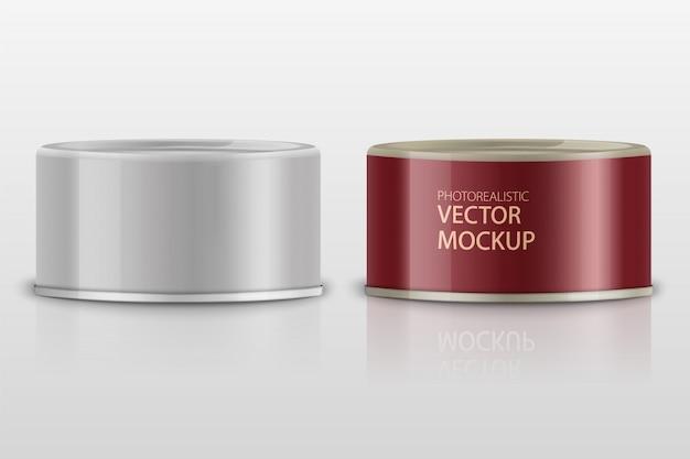 Low-profile matte tonijn kan met label op witte achtergrond. fotorealistische verpakkingssjabloon met voorbeeldontwerp. 3d-afbeelding. Premium Vector