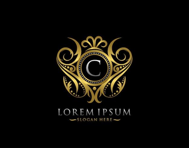 Luxe boetiek c brief logo. stijlvol elegant gouden cirkel badgeontwerp voor boetiek, briefstempel, bruiloftslogo, hotel, heraldiek, sieraden.