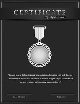 Luxe certificaat van prestatie sjabloonontwerp met zilveren medaille