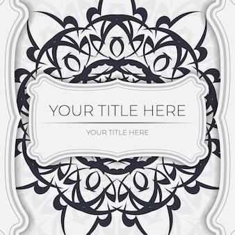 Luxe vector voorbereiding ansichtkaarten wit met vintage zwart ornament. sjabloon voor het afdrukken van uitnodigingsontwerp met mandala-patronen. Premium Vector