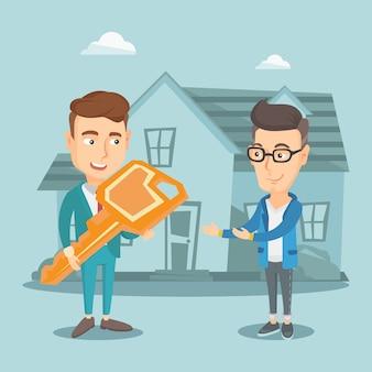 Makelaar die sleutel geeft aan nieuwe huiseigenaar.