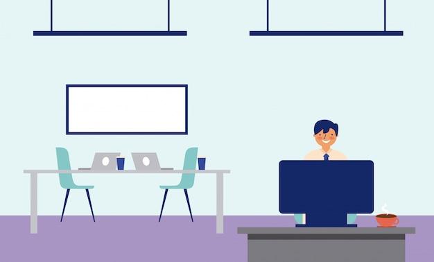 Man aan het werk op kantoor met een bureau en een bord