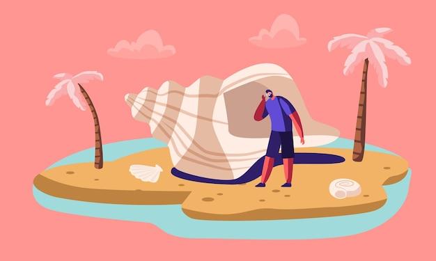 Man luisteren zee met enorme zeeschelp op exotische eiland strand met palmbomen.