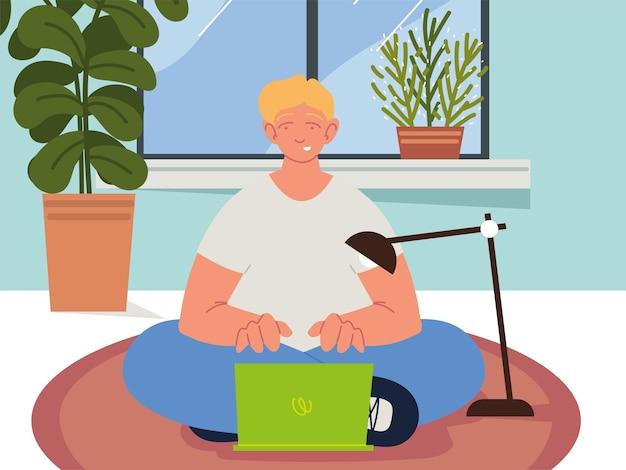 Man met laptop in huis