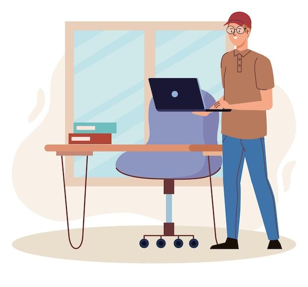 Man met laptop op kantoor