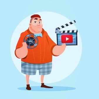 Man video blogger online stream bloggen abonneren concept