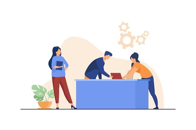 Managers werken samen aan een project