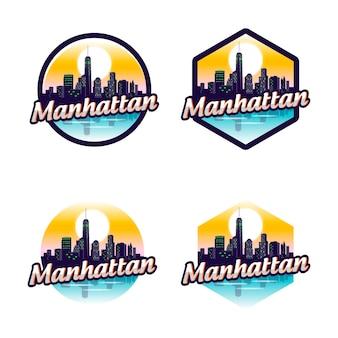 Manhattan badge en logo sets met skyline van de stad
